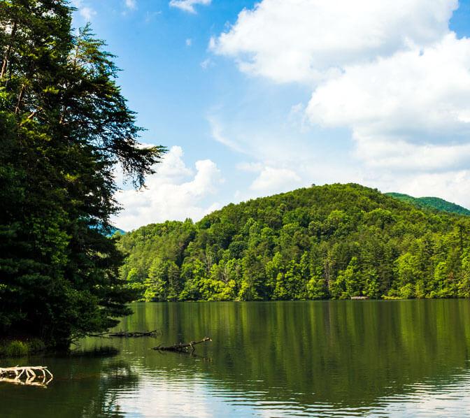 http://www.unicoilodge.com/wp-content/uploads/2015/11/Unicoi-Adventure-Lodge-GA-State-Park-Cross-Promo.jpg